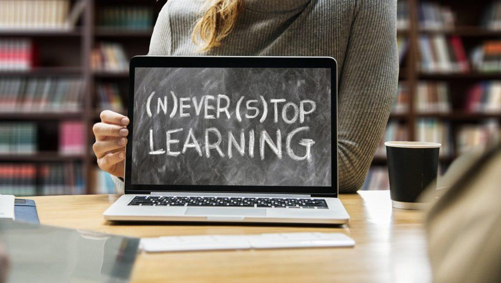ordinateur never stop learning pour vaincre la procrastination